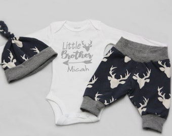 Little Brother, Newborn Coming Home Outfit, baby boy coming home outfit, baby shower gift,- Jersey knit Leggings, Knot Hat, and Shirt