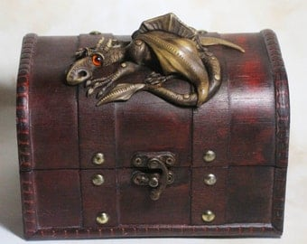 Dragon on  wooden treasure chest box