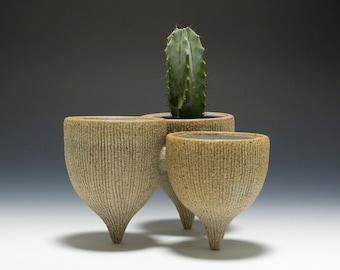 Handmade Stoneware Mini Tripod Cluster Vessel Planter 16-079