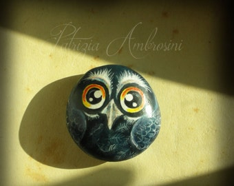 OWL N.40 -  Handpainted rock painting painted stone miniature painted rock pebble fine art