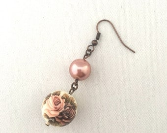 Roses and Blush Pearls Earrings
