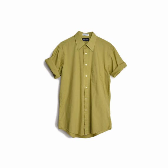 Vintage Short Sleeve Broadcloth Shirt in Moss Green / Single Needle Shirt  - men's 15.5 / medium