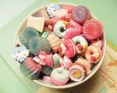 20x Mixed Cake Resin Cabochons