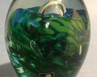 "Kerry Glass, Handmade in Ireland  Green Egg 3.5 "" high  2.75"" wide vintage"