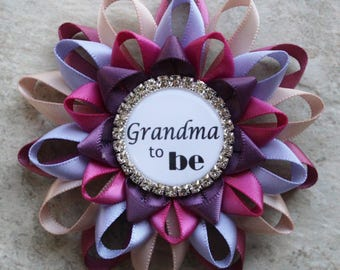 Girl Baby Shower Pins, New Grandma Gift, Grandma to Be Pin, Mommy to Be Pin, Baby Shower Favors, Baby Shower Decorations, Pink, Purple