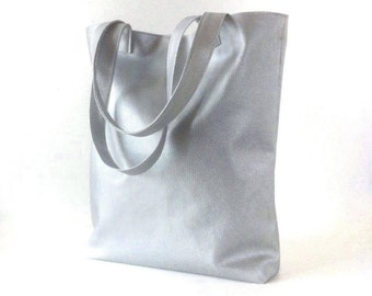 Vegan Silver leather tote, minimalist bag, metallic tote bag, silver tote bag, silver bag, vegan leather shopper bag, minimal tote bag