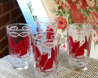 Mid Century Set of Four Glass Tumblers with Boating Theme