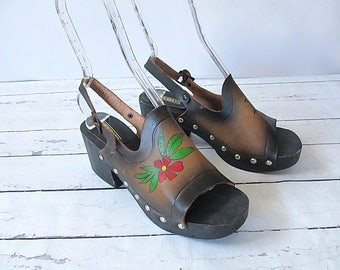 KNOCK ON WOOD Vintage 70s Shoes | 1970's Hand Painted Leather Clogs | Made in Brazil Wood Platform | Glam Rock Boho Hippie Festival | Size 8