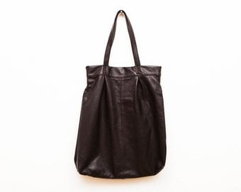 The Marrakech Leather Tote Bag in Dark Textured Chocolate Brown | Oversized Leather Tote | Leather Shoulder Bag | Minimalist Leather Handbag