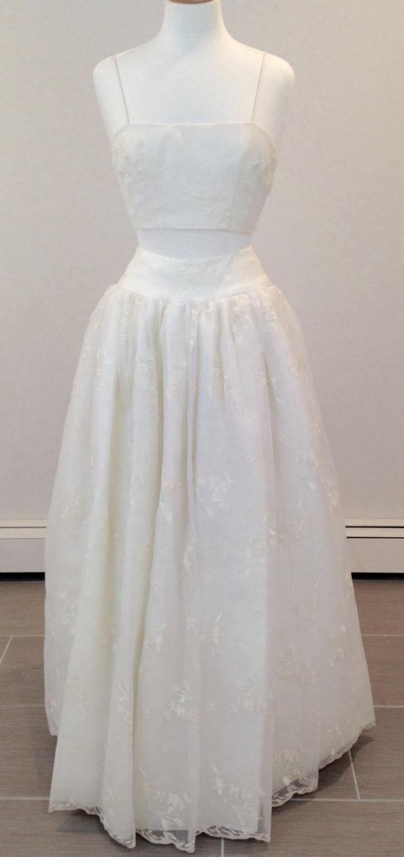 This is an Amazing 3 piece wedding ensemble by Carmela Sutera sz 4