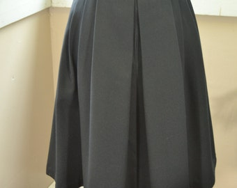 Vintage Black Pleated Skirt by Almaden - M - L (B1)