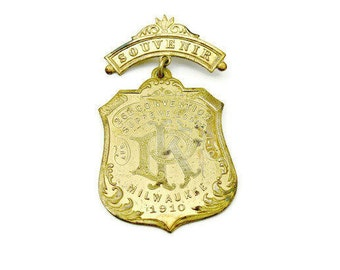 1910 Knights of Pythius Supreme Lodge Antique Gold Souvenir Badge - Milwaukee Wisconsin