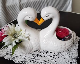 Vintage Kissing Swans Planter or Candle Holder Home Decor - Wedding Gift / Anniversary Gift / Bridal Shower / Romantic Decor