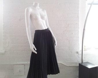 Black Pleated Midi Skirt Vintage 50s Taffeta Full Skirt Small Medium Knife Pleats Goth Lolita Minimalist Long Black Skirt 1950s Party Skirt