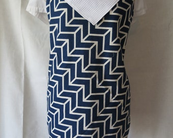 Navy Chevron Full Front Adult Apron / Blue Triangle Fold Over Apron / Blue and White Pattern Women's Apron / Extra Long Ties