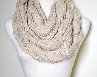 Cozy Oatmeal Tan Chunky Knitted Loop Infinity Circle Scarf, Cable Pattern, Snood, Cowl, thick Cable knit, Winter Scarves, Oatmeal Beige