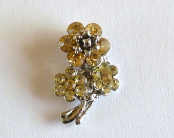 Vintage 1940s Champagne Rhinestone Flower Bouquet Brooch