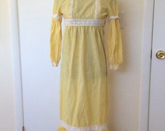 Sweet 70s Yellow Dot Prairie Dress size Small