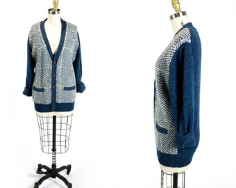 Vintage 1970s French Navy Blue Cream Yellow Grey Houndstooth Knit Wool Leather Button V-Neck Grandpa Cardigan Size S Small M Medium L Large