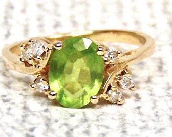 Peridot and Diamond 14K Ring, Vintage, 2.00 Carats, Yellow gold, August Birhstone