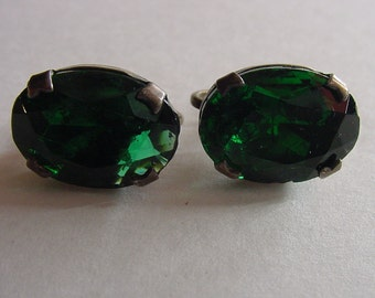 1940's Emerald Green Cabochon Screw Back Earrings May Birthstone Vintage Jewelry