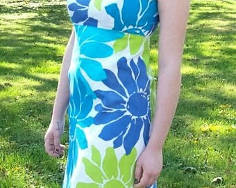 Vintage 1960s Ladies Blue Mod Flower Power Dress by Sears Hawaiian Fashions Size 14 Only 25 USD
