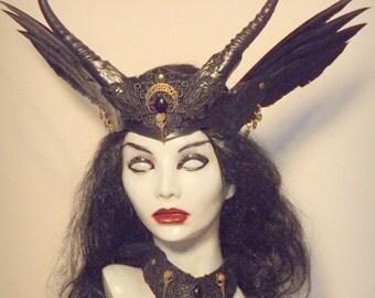Morrigan  Witch Queen crown & collar