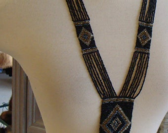 NATIVE AMERICAN STYLE beaded necklace black
