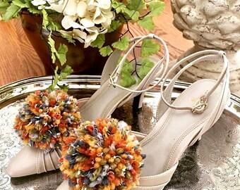 Pom Pom Shoe Clips, Shoe Accessory, Shoe Clips, Jewelry, Fashion Pom Poms   ( 2 )