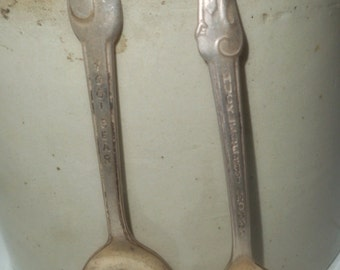 Vintage Advertising, Collectible Spoons ,Cereal Spoons ,Mid Century
