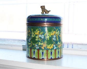 Large Chinese Cloisonne Covered Canister Humidor Foo Dog Finial Vintage 1940s
