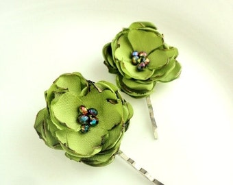 2 Piece Green Flower Hair Pins, Lime Green Hair Flowers for Wedding, Bridesmaid Green Floral Hairpins, Small Simple Floral Bobby hairpieces