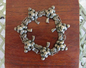 Silver Grape Bracelet Sterling Silver Mexican Bracelet Vintage Jewelry Grape Cluster Link Bracelet