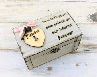 Pet Memory Box - Pet Loss Keepsake - Pet Loss Gift - Pet Loss Remembrance - Rainbow Bridge Gift - Pet Sympathy - Dog Loss Gift, Pet Memorial