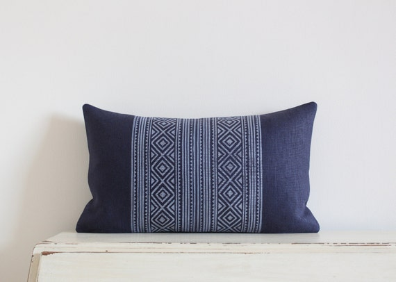 "Block printed diamond pillow cushion cover 12"" x 20"" in navy"