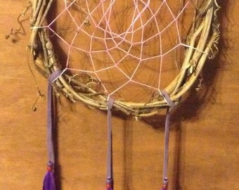 Dream Catcher Glow in the dark Purple Grapevine