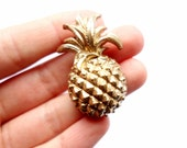 Vintage Golden Pineapple Pin