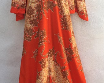 Vintage Kiyomi Hawaii kaftan dress batik print oranges sz large