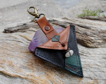 Medicine Pouch Keyring Agate, Australian Kyanite, Lemon Chrysoprase Medicine Pouch Jewelry Little Leather Bag