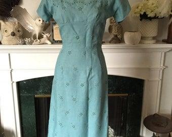 Anne Fogarty 50s Blue Eyelet Linen Wiggle Dress