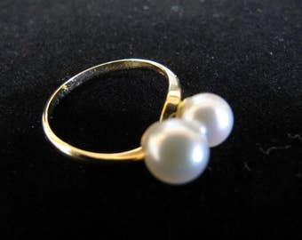 Gorgeous double pearl  antique 14K gold ring 6 1/4