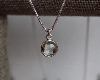 "Light green quartz and sterling silver 16"" necklace"