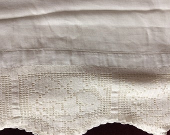 Large, Off White Damask Tablecloth with Lace Trim, 1950s