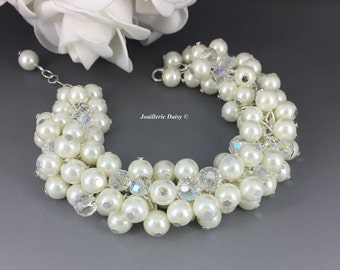 Pearl Cluster Bracelet Ivory Pearl Bracelet Chunky Bracelet Bridal Jewelry Bridesmaid Bracelet Gift for Her Wedding Jewelry for Bridesmaid