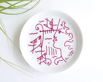 Dish, small plate, decors by JEAN COCTEAU Promo Ceram, French porcelain, Art Editions / ring dish, soap dish bathroom profil fishes lyre