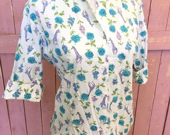 "Vintage 50's 60's Floral Giraffe Novelty Print Peter Pan Collar Day Blouse Sz 36"" B"