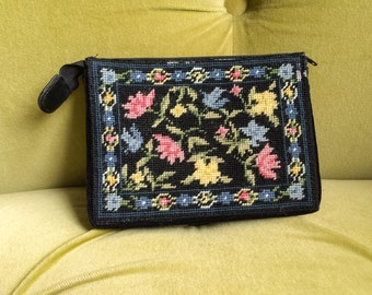 Vintage Makeup Bag Purse Clutch Needlepoint Floral Embroidered Petit Needle Point Yarn Tapestry Bag Small Handbag Black Velvet Travel Case
