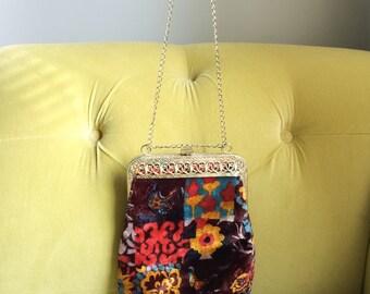 Vintage 1960s Velvet Purse Patchwork Style Handbag Clutch Cross Body Gold Tone Chain Filigree Top Hippy Boho Festival Bag Retro Ornate Print