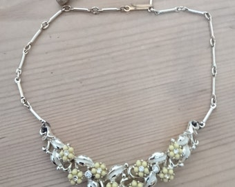 Vintage yellow flower jewelcraft necklace