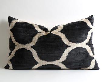 velvet pillow, decorative pillow, throw pillow, ikat, ikat pillow, velvet, pillow cover, accent pillow, decorative pillows, ikat pillows